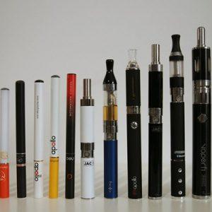 Електронні сигарети: що це таке, і наскільки вони нешкідливі