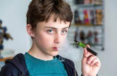 Чи можна дітям курити електронні сигарети, в чому криється небезпека