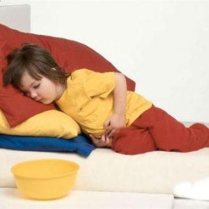 Харчове отруєння у дитини: симптоми і лікування поза стаціонару