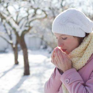 Алергія на холод на руках: характерні симптоми