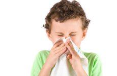 Алергія на пил у дитини: симптоми, причини, лікування