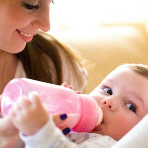 Алергія на суміш у немовляти: як виявляється, що робити