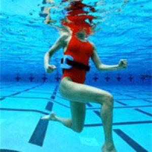 Аквааеробіка для схуднення: користь і протипоказання для здоров'я жінок, ефективність занять