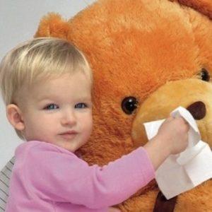 Чим небезпечний «звичайний нежить» для дитини: простудний та алергічний риніт та їх наслідки