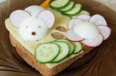 Дитячі бутерброди: як зробити перекус корисним + рецепт-бонус
