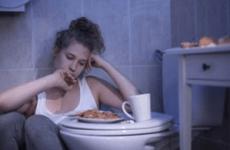 Як викликати блювоту після їжі в домашніх умовах для схуднення