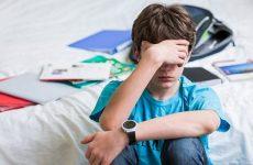 Характеристики та труднощі перехідного віку у підлітка – поради батькам