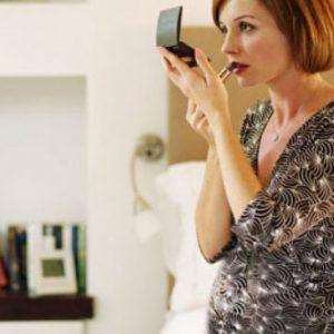 Косметика для вагітних: користуватися чи ні — засоби і бренди