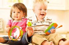 Розвиваючі іграшки для дітей: 4 необхідних варіанти для малюка