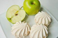 Зефір при грудному вигодовуванні – корисне ласощі, або шкідливий продукт?