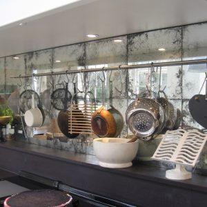 дзеркала в кухонному інтер'єрі