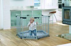 Як вибрати манеж в дитячу