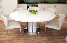 Обідній стіл круглої форми