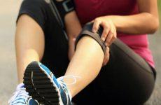 Біль і тягне ногу під коліном ззаду: причини і захворювання, як їх можна вилікувати за допомогою методів мануальної терапії