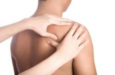 Біль у плечових суглобах при піднятті руки: причини обмеження рухливості і способи їх усунення за допомогою мануальної терапії