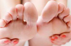 Болять стопи ніг: причини і лікування захворювань за допомогою методів мануальної терапії