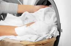 Як приготувати домашній відбілювач для будь-якого виду тканини