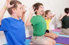 Порушення постави у дітей та підлітків: причини і симптоми, діагностика та методи лікування за допомогою мануальної терапії