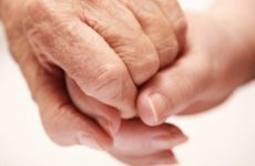 Остеоартроз суглобів кистей рук: причини, симптоми, лікування