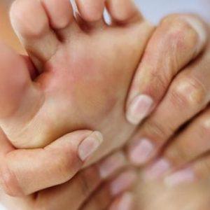 Варусна деформація стопи у дітей і дорослих: причини, симптоми патології та її лікування за допомогою методів мануальної терапії