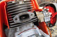 Чим відрізняється двотактний двигун від чотиритактного