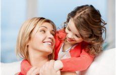 Як правильно виховати дівчинку: поради психолога