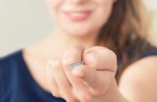 Чому не можна спати з контактними лінзами?