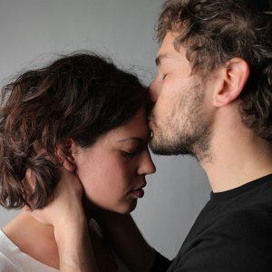 Слова вибачення коханій дівчині своїми словами до сліз
