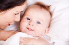 Соплі у новонародженого: що робити