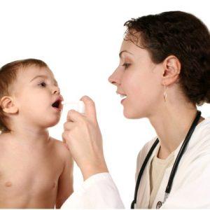 Як навчити дитину полоскати горло