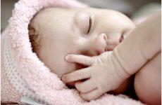 Непрохідність слізного каналу у новонароджених