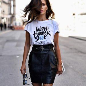 Модні футболки, майки, топи 2019-2020 роки, найкращі луки, фото, новинки, тренди