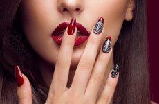 Модний червоний манікюр 2019-2020 роки: фото, ідеї, новинки, тенденції червоного дизайну нігтів