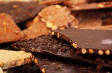 Що може принести шоколад, користь чи шкода — напій богів