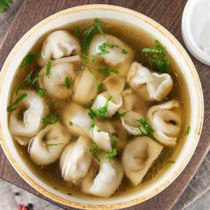 Готуємо суп з пельменями без спеціальних кулінарних знань