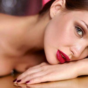 Якими засобами користуватися по догляду за волоссям для здоров'я і краси