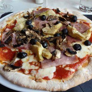 Піца Каприччиозо: рецепт, який став класикою!