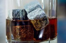 Незмінний аксесуар гурмана камені для охолодження віскі