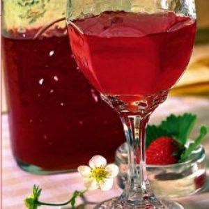 вино з полуниці в домашніх умовах