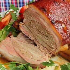Рецепт свинячий рульки у пиві по баварськи