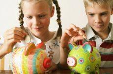 Як навчити дитину розпоряджатися кишеньковими грошима